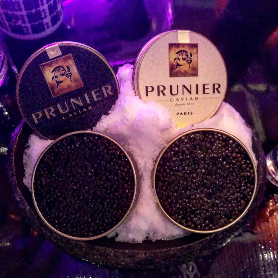 Conserver et servir le caviar