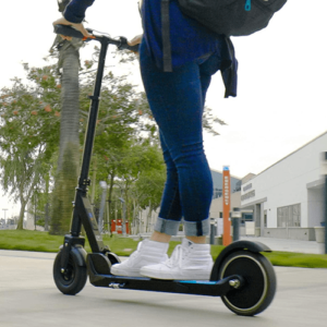 Les scooters électriques peuvent-ils être utilisés sous la pluie ?